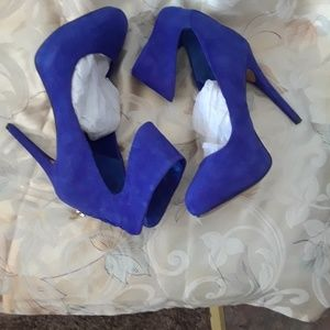 Beautiful blue 8.5 Jessica Simpson 4 inch heels